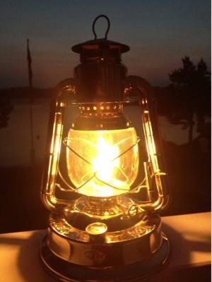 Fjøslykter og  lanterner
